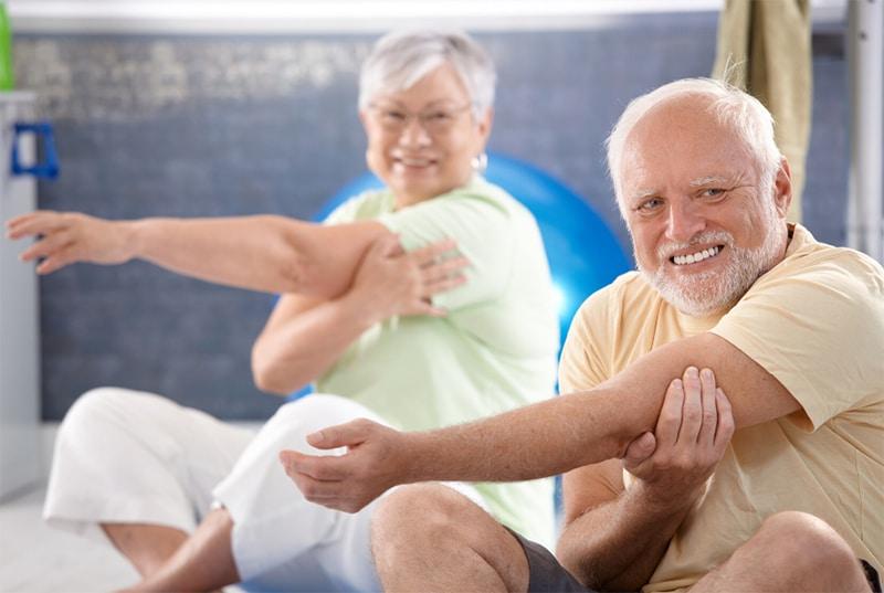 fit bleiben im alter stretching